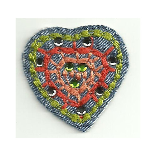 embroidery  patch  CORAZON CON BRILLANTES 4,5cm x 4,5cm